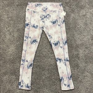 NWT super soft marbled leggings size L